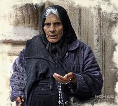 Donde nunca es primavera II (Amparo Garcia Iglesias) Tags: desigualdad pobreza exclusionsocial tristeza soledad fotos amparo garcia iglesias photos gente retrato portrait