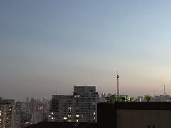 Minha São Paulo (bruno.mf) Tags: iphone7plus iphone iphone7 apple americalatina brasil brazil sp saopaulo copansp centrosp anoitecer sunset ao ar livre céu panorama urbano