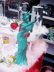 Statue of Liberty Taking Photo With Selfie Stick Cell Phone 9952 (Brechtbug) Tags: green statue liberty taking photo with selfie stick cell phone kitsch giftshop gift lady torch standee store sidewalk nyc 2017 new york city 7th ave toga french sculpture metal crown west side midtown manhattan avenues tablet july 4th 1776 woman lobby figure 01042017 art camp good sign