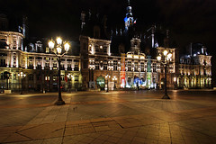 Paris - Hôtel de Ville - (Noir et Blanc 19) Tags: paris hôteldeville monument nightlights nuits sony a77