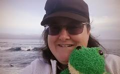 selfie by the sea #PacificGrove #JuniorTheFrog #Feb2017CA (sudphoto) Tags: pacificgrove juniorthefrog feb2017ca
