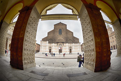 the eye of San Petronio (monicacastigliego) Tags: sanpetronio fisheyelens bologna centro portici basilica