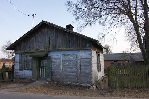 Drewniana chałupa w Krzemienicy