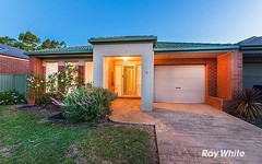 2 Gallop Close, Cranbourne East VIC