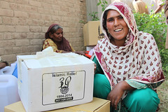 IR distribution to 330 families in Jhang. Aid inclue NFIs and food items, kitchen sets (5).jpg