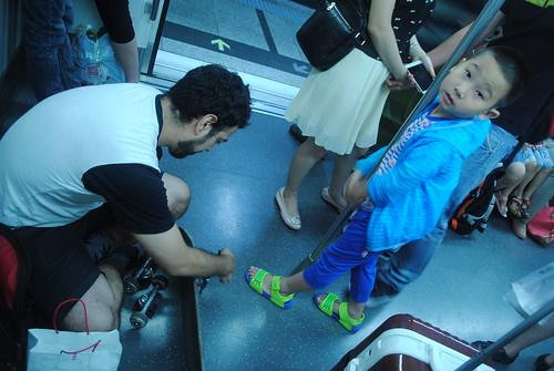 armando tabla en el metro
