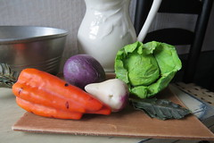 18. Veggies from the Kitchen Garden (Foxy Belle) Tags: food scale kitchen girl make century early wooden inch doll ooak 14 colonial 18th american 18 build diorama felicity primitive