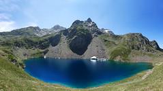Lac d'Uzious - Gourette - Pyrnes - France (Dmocrite, atomiste drout) Tags: france t gourette barn pyrnesatlantiques lacduzious picsanctus
