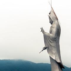 Fukusai Kannon (campra) Tags: sculpture statue japan temple zen bodhisattva nagasaki aluminium kannon fukusaiji inasa 福済寺 obaku
