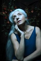 fi7 (sgladiate) Tags: woman age ageism preraphaelites fashion canon fineart paintings beauty