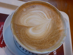Cappu (★ Percy Germany™ ᵀᴴᴱ ᴼᴿᴵᴳᴵᴻ) Tags: 30122016 percygermany cappu cappuchino capuccino capuchino cappuccino kaffee milchkaffee