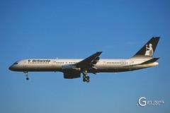 G-BYAR Boeing 757 204 (Gary J Morris) Tags: eggd brs by bal bristol airport lulsgate garymorris airlines boeing 757 27237 gbyar 204 britannia airways 26051997 airline