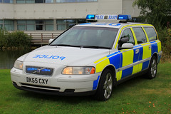 Cheshire Police Volvo V70 T5 Driver Training Vehicle (PFB-999) Tags: cheshire police constabulary volvo v70 t5 estate driver training vehicle car unit dt rpu traffic lightbar grilles rotators beacons leds dk55cxy headquarters hq winsford