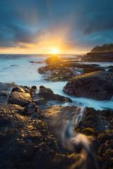 Slither of Sunshine (Raiatea Arcuri) Tags: seascape sunrise puna bigisland sunshine hawaii goldenhour