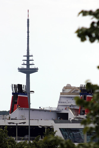 "Stena Germanica und Fernsehturm • <a style=""font-size:0.8em;"" href=""http://www.flickr.com/photos/69570948@N04/19516697942/"" target=""_blank"">View on Flickr</a>"