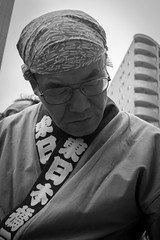 Resignation (HorstMumpitz) Tags: street bw japan tokyo blackwhite fuji portait parade xe1 xf27