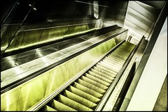 escalator (TheOtherPerspective78) Tags: escalator movingstaircase rolltreppe dynamic albertina wien vienna lines linien night architecture architektur theotherperspective78 canon ef24105l