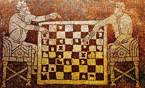 "Petteia - Ludus Latrunculorum  / Iconografía de las civilizaciones helenolatinas • <a style=""font-size:0.8em;"" href=""http://www.flickr.com/photos/30735181@N00/31678482134/"" target=""_blank"">View on Flickr</a>"