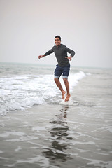 5 (arnabjosephite) Tags: dhaka bangladesh coxsbazar seabeach seashore beach longestbeach naturalwonder nature sea waves water ocean bayofbengal beauty life serenity bliss peaceful people jump light