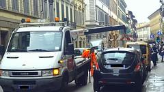 Carro attrezzi (Redazione Met - ph Antonello Serino) Tags: carro carroattrezzi rimozione divieto divietodisosta