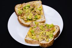 Bacon and avocado on toast (garydlum) Tags: springonion belconnen avocado toast canberra bacon streakybacon