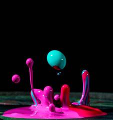 Color (Zppndstr) Tags: drop color splash