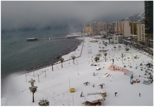"17-12-2010, SNOW IN DURRES. PROMENADE ""TAULANTIA"", VENETIAN TOWER, RUINE OF HOTEL ""ALBERGO DEI DOGI"", HOTEL ""VOLLGA"" & HOTEL ""ILIRIA""."