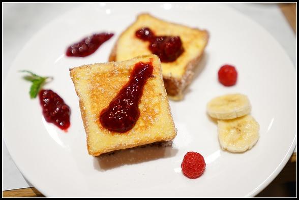 好吃麵包推薦 ▎超好吃的 French Toast 法式吐司。LALOS Bakery 大直店限定