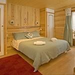 a-bedroom-1b