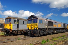 66748 and 73107 at Eastleigh (David Blandford photography) Tags: holding eastleigh sidings gbrf 73107 66748