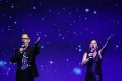 tania-and-jont-ci2013-singing-2