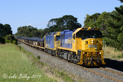 XR550-BL34 with #9553 down Long Island goods near Baxter