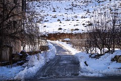 #lebanon #west_bekaa #snowtime #winter #white #road #photography #nature_photography (salam.jana) Tags: lebanon westbekaa snowtime winter white road photography naturephotography