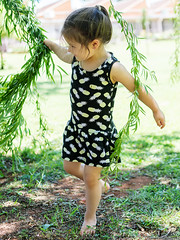 IWR-Potch-251116 (30) (Ivan Wong Rodenas) Tags: child girl outdoors daughter love princess trees grass mom mommy family leaf green branch playing