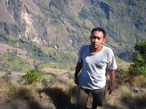 Hiking, Climbing, Camping and Trekking Rinjani with Bohari Adventure