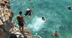060225-3323-F11 (hopeless128) Tags: beach boys swimming jumping sydney australia diving bronte seapool wwwtimtamcom