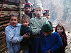 Pashtun Kids [Photo by colinroots] (CC BY-SA 3.0)