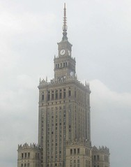 Palace of Culture and Science, Warsaw (phototouring) Tags: wedding clock 1955 cake architecture skyscraper observation high skyscrapers terrace weddingcake famous north poland landmark deck views soviet highrise warsaw tall easteurope clocks sights easterneurope stalin attraction highrises attractions highest pkin tallest tallbuildings kultury stalinist northerneurope pałac palaceofcultureandscience nauki rudnev
