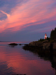 East Quoddy Lighthouse (Lauren98) Tags: sunset lighthouse lovely1 sony newbrunswick mavica campobelloisland supershot natureslight lauren98 nbphoto eastquoddylight sonymavicacd mywinners