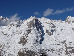 monte bianco (marioiatta) Tags: winter mountain snow cielo neve inverno azzurro montagna bianco montblanc monti montebianco courmayer