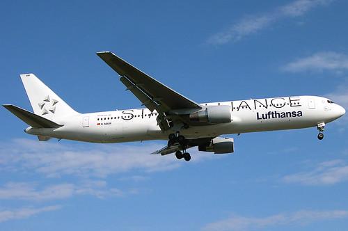 Lufthansa Star Alliance 767