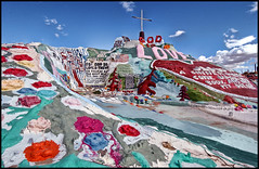 Salvation Mountain (shadowplay) Tags: god obsession christianity salvationmountain slabcity niland
