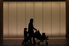 Family (mrhayata) Tags: family silhouette japan night geotagged tokyo 日本 shimbashi shiodome シルエット mrhayata geo:lat=356653267 geo:lon=139760105