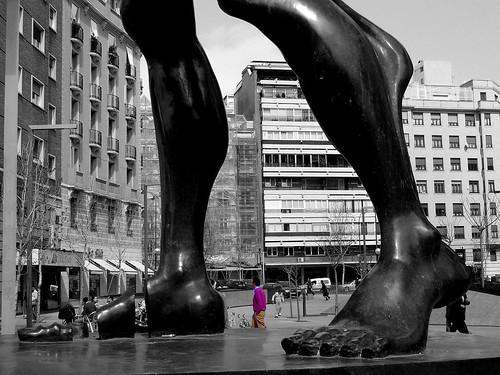 Pies: del Homenaje a Dalí en Madrid