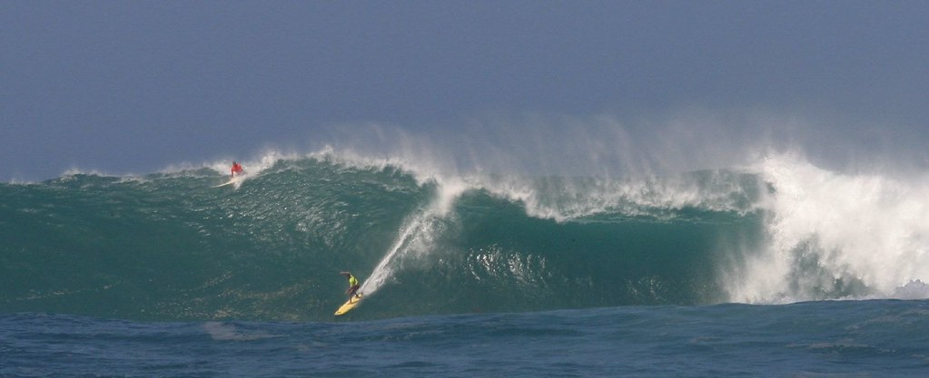 Bruce Irons winning wave at the 04 Eddie