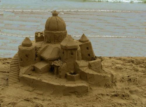 Immagine: castello di sabbia in riva al mare - book fotografico di  otsige