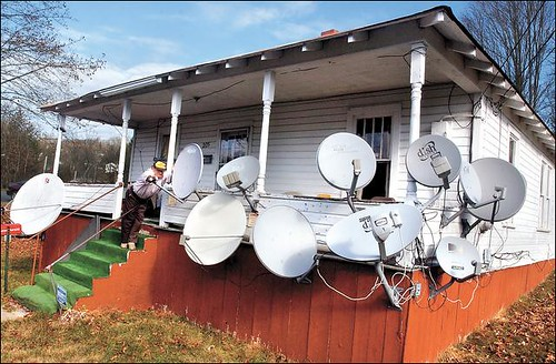 Jeden satelit je málo