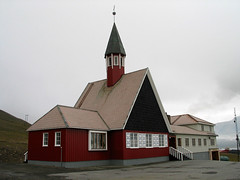 The Longyearbyen church (kenyai) Tags: longyearbyen svalbard spitsbergen artic arctic circolopolareartico nord mareartico north norway norvegia northernmost chiesa church