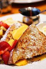 coconut french toast (speedM) Tags: plumscafe frenchtoast strawberry papaya breakfast food