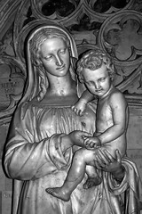 Another Lady with the child (mistca) Tags: old bw sculpture white black france history church lady europe catholic child nikond70 religion mother bordeaux 2870mmf3545d medievil aquitaine